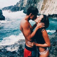 Travel | Vacation | Couple Love | Travel Buddies | BF < GF Relationship goal <3