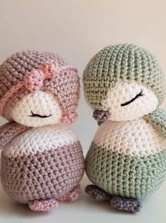 150 Welcome to our photo gallery featuring cute crochet amigurumi toys. We believe that these amigurumi patterns will inspire you. Crochet Simple, Cute Crochet, Crochet Crafts, Crochet Baby, Crochet Projects, Knit Crochet, Knitted Baby, Crochet Ornaments, Crochet Animal Patterns
