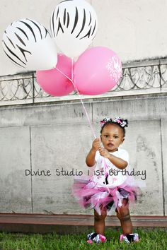 Minnie Mouse Birthday shoot by TheDivineStudio.com