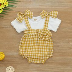 and baby boy Baby / Toddler Plaid Bowknot Decor Suspender Bodysuit Set Baby / Kleinkind Karo Bowknot Decor Straps Body Set Cute Baby Girl Outfits, Cute Baby Clothes, Baby Girls, Kids Outfits, Baby Baby, Baby Summer Clothes, Vintage Baby Clothes, Baby Sleep, Toddler Girl