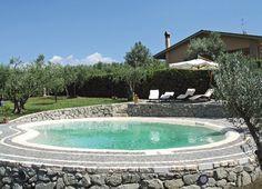 Přírodní bazén, okrasné jezírko pro krásu zahrady | Bazény Biodesign
