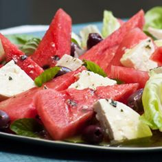 Make the most of watermelon while in season. When out of season use ripe tomatoes Braai Recipes, Vegetarian Recipes, Cooking Recipes, Healthy Recipes, Braai Salads, African Salad, Lean Cuisine, Watermelon And Feta, Carrot Salad