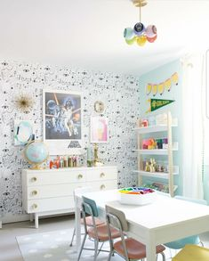 Cutest kids craftroom playroom ever. Love that crazy wallpaper and the bright rainbow colors! Cutest kids craftroom playroom ever. Love that crazy wallpaper and the bright rainbow colors! Modern Playroom, Playroom Design, Playroom Decor, Playroom Ideas, Children Playroom, Colorful Playroom, Kid Playroom, Kids Art Rooms, Vintage Kids Rooms