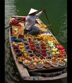 Travel with Cosianatour and get designed Vietnam tours just for you. Enjoy private guides & custom tours to see the variety of Vietnam from Hanoi to Hochiminh City by your own. Laos, Vietnam Voyage, Vietnam Travel, Visit Vietnam, South Vietnam, Hanoi Vietnam, Beautiful World, Beautiful Places, Beautiful Fruits