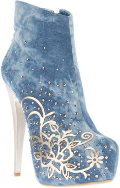 Elegant Blue Denim Flower Print Ankle Boots on We Heart It Denim blue cotton covered ankle boot from featuring an almond toe, an inside zip fastening, a gold-tone cut out patterned detail to the side with a stud embellishment, a concealed platform an Unique Shoes, Cute Shoes, Me Too Shoes, High Heel Boots, Heeled Boots, Ankle Boots, High Heels, Dream Shoes, Crazy Shoes