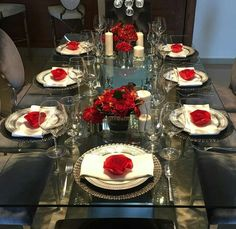 Centerpieces, Table Settings, Style, House Party, Valentine's Day Diy, Fiestas, Events, Plate, Swag
