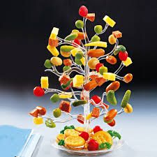 """Résultat de recherche d'images pour """"amuse bouche rigolo"""" Appetizer Display, Spring Shower, Outdoor Food, Fabulous Foods, Food Presentation, Finger Foods, Tapas, Good Food, Fun Food"""