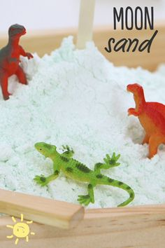Moon Sand!  #moon #sand #play #crafts #toddlers #diy