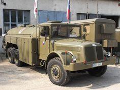 LEGENDA: Před 60 lety se začala vyrábět Tatra 138 – Národní Noviny Vintage Trucks, Old Trucks, Old Cars, Motor Car, Cars And Motorcycles, Techno, Antique Cars, Automobile, Military