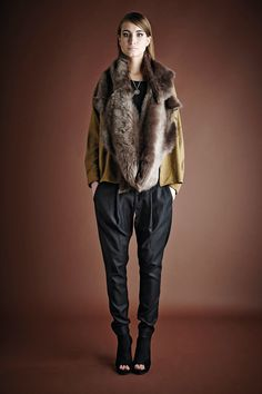 Gushlow And Cole Autumn Winter 14/15 Lookbook.  Toscana Shearling Loop Scarf