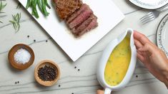 This classic Bearnaise sauce is made from a reduction of vinegar and wine mixed with tarragon and thickened with egg yolks and melted butter. Salsa Bernaise, Molho Bernaise, Sauce Recipes, Beef Recipes, Chicken Recipes, Cooking Recipes, Recipies, French Eggs, French Food