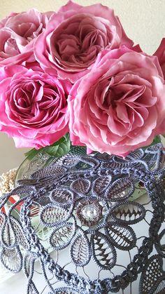 View album on Yandex. Crochet Cord, Crochet Needles, Crochet Lace, Crochet Stitches, Crochet Patterns, Needle Lace, Bobbin Lace, Romanian Lace, Yarn Thread