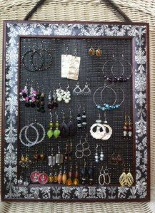 Plastic canvas earring display