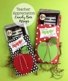 Check out these candy bar wrapper for Teacher Appreciation Gifts-So Easy! It's Written on the Wall Hershey Candy Bar Wraps Thanks Teacher, Thank You Teacher Gifts, Teacher Cards, Teacher Appreciation Gifts, Staff Gifts, Team Gifts, Candy Bar Covers, Teacher Treats, Candy Bar Wrappers