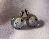 """Boucles d'oreille en bronze """"le petit piou piou jaune"""" : Boucles d'oreille par a-fleur-de-perles"""