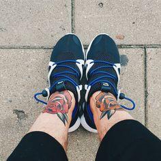 Y-3 x Publish x  Roses #adidas #yohjiyamamoto #Y3 #tattoo #roses #tattoolife #rose #red #orange #color #publish #streetwear #sneakers #sneakerporn #men