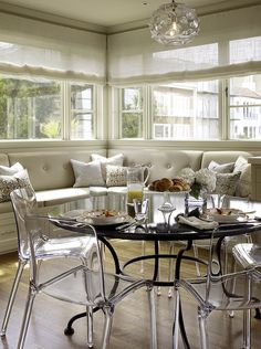 Suzie: Artistic Designs for Living - Fantastic breakfast room design with glass pendant, ...