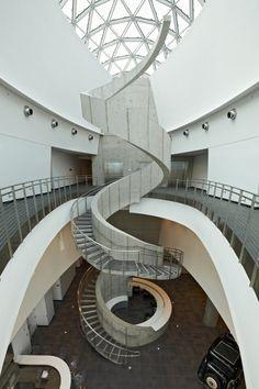 Dali Museum Florida, Amazing Architecture, Interior Architecture, Interior Design, Escalier Art, Salvador Dali Museum, Building Museum, Staircase Design, Design Museum