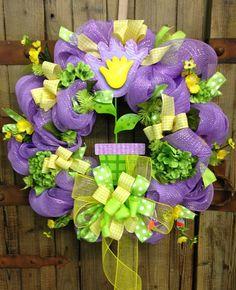 Spring wreath by WilliamsFloral on Etsy, Christmas Mesh Wreaths, Spring Wreaths, Easter Wreaths, Deco Mesh Wreaths, Summer Wreath, Door Wreaths, Wreath Crafts, Wreath Ideas, Diy Wreath