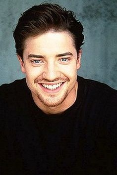 Brendan Fraser- I felt my heart skip a few beats.... I couldn't take my eyes off his smile~