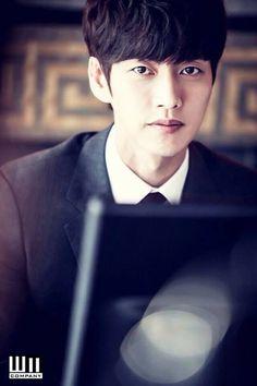 Image via We Heart It #koreanactor #parkhaejin #wmcompany