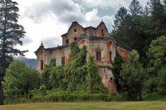the ghost mansion 1 by leChatdeChester on @DeviantArt