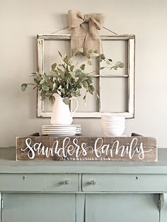 Room decor - rustic farmhouse style - Last Name Sign Rustic Home Decor Personalized Sign Reclaimed Wood by SalvagedChicMarket on Etsy Easy Home Decor, Farmhouse Decor, Rustic House, Country Decor, Rustic Home Decor, Decor, Established Family Signs, Diy Home Decor, Decor Guide
