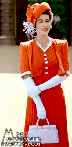 Pretty young Queen Elizabeth... love the hat, love the gloves, super cute outfit!