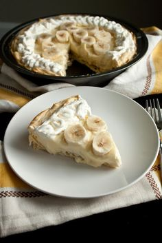 banana cream eclair pie