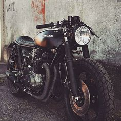 OVERBOLD MOTOR CO. — #motorcycle #selfie #insta #instagood  #NYC ... Moto Cafe, Street Tracker, Dirt Track, Automotive Design, Bobber, Motorbikes, Cool Photos, Cool Stuff, Vehicles