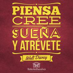 """Vinilo decorativo tipográfico de la frase célebre de Walt Disney """"Piensa, cree, sueña y atrévete"""""""