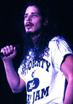 chris cornell (soundgarden/audioslave/temple of the dog)