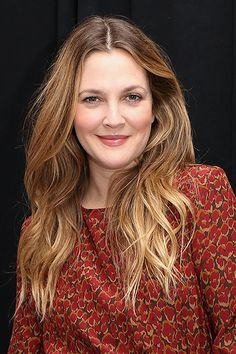 drew barrymore hair - Hair Styles For School Over 40 Hairstyles, Long Face Hairstyles, Chic Hairstyles, Older Women Hairstyles, Trending Hairstyles, Brown Hairstyles, Female Hairstyles, Amazing Hairstyles, Layered Hairstyles