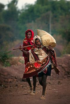by Heather Prince (Hartkamp). Taken at dawn in Bahir Dah, Ethiopia Ethiopian Tribes, Ethiopian People, We Are The World, People Around The World, All About Africa, Haile Selassie, Horn Of Africa, Eritrean, Addis Ababa