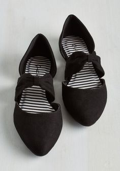 1920s shoes - flats - Three Strides and Youre Haute Flat in Black $24.99 AT vintagedancer.com
