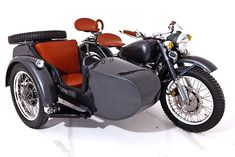 3 seater Motor Bike. Chang Jiang 750 The history of the Chang Jiang 750 is really interesting! And they're pretty hard to get in the US...though they're not the most reliable, from what I've heard. More of a novelty possession.