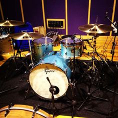 These Gretsch Drums belong to Jason Maleney. He's using all Meinl Cymbals - Byzance range.  What do you think of his drums?