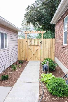 how to build a wooden gate for a fence twof . Learn how to build a wooden gate for a fence twof ., Learn how to build a wooden gate for a fence twof . Wooden Gate Plans, Building A Wooden Gate, Wooden Garden Gate, Wooden Gates, Building Plans, Backyard Gates, Backyard Pergola, Pergola Plans, Pergola Ideas