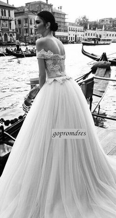 #Vintage off shoulder #WeddingDress <3