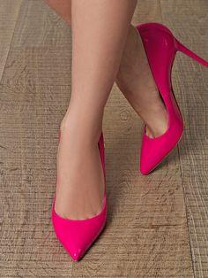 MyHighHeels.net: Pink pumps #heels #highheels #shoes #fashion #feet #talons #hakken #zapatos #women #woman #highheelshoes