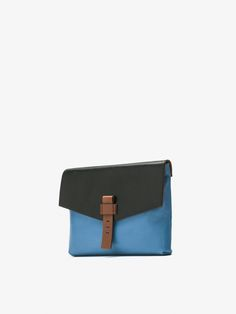 SOBRE PIEL GRABADA MULTICOLOR CON DETALLE FRONTAL de MUJER - Bolsos y Monederos - Ver todo de Massimo Dutti de Otoño Invierno 2016 por 99.95. ¡Elegancia natural! Card Case, Fashion Bags, Wallet, Natural, Coin Purses, Fur, Totes, Women, Elegance Fashion