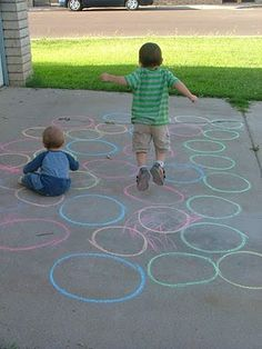 """Little Hands, Big Work: Fun Side Walk Games Create """"paths"""" of different circles, have Em jump from one end of the path to the other... ...could do this with fishes??"""