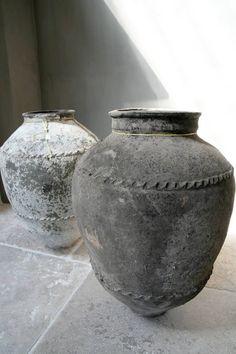 Antique #Pot - French vase - #Antike Pot Ideas   de-opkamer.com