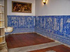 A sinistra CAPELA DOS OSSOS em Évora (Portugal) | Viagem Fantástica viagemfantastica.com1140 × 855Pesquisar por imagens Capela dos Ossos. Os azulejos que circundam a sala representam a Via Sacra.