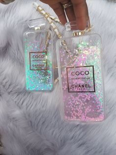 Shop our liquid glitter quicksand perfume bottle iPhone case. Made from TPU our Chanel Perfume Bottle glitter quicksand IPhone 6 phone case is both protective and stylish. Cute Cases, Cute Phone Cases, Iphone Phone Cases, Bling Phone Cases, Coco Chanel, Capas Iphone 6, Perfume Chanel, Coque Iphone 4, Accessoires Iphone