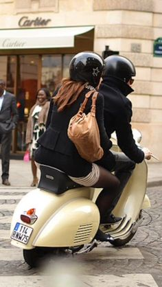 #vespacouple
