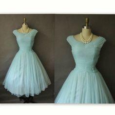 50's Pleated Blue Chiffon dress... Falling for chiffon... <3
