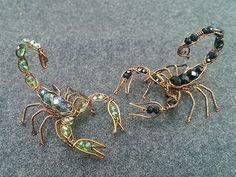 Wire scorpion - DIY wire jewelry - Halloween jewelry idea 270 - diy and joy Wire Jewelry Designs, Diy Jewelry, Beaded Jewelry, Jewelry Making, Beaded Bracelets, Jewelry Stand, Jewellery Box, Jewelry Stores, Jewelry Ideas