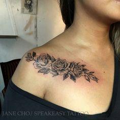 meaning behind samoan tattoos Tattoo Femeninos, Bone Tattoos, Badass Tattoos, Samoan Tattoo, Piercing Tattoo, Sexy Tattoos, Unique Tattoos, Piercings, Body Art Tattoos