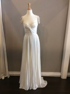 Reem Acra Olivia Wilde Wedding Dress 35% off retail
